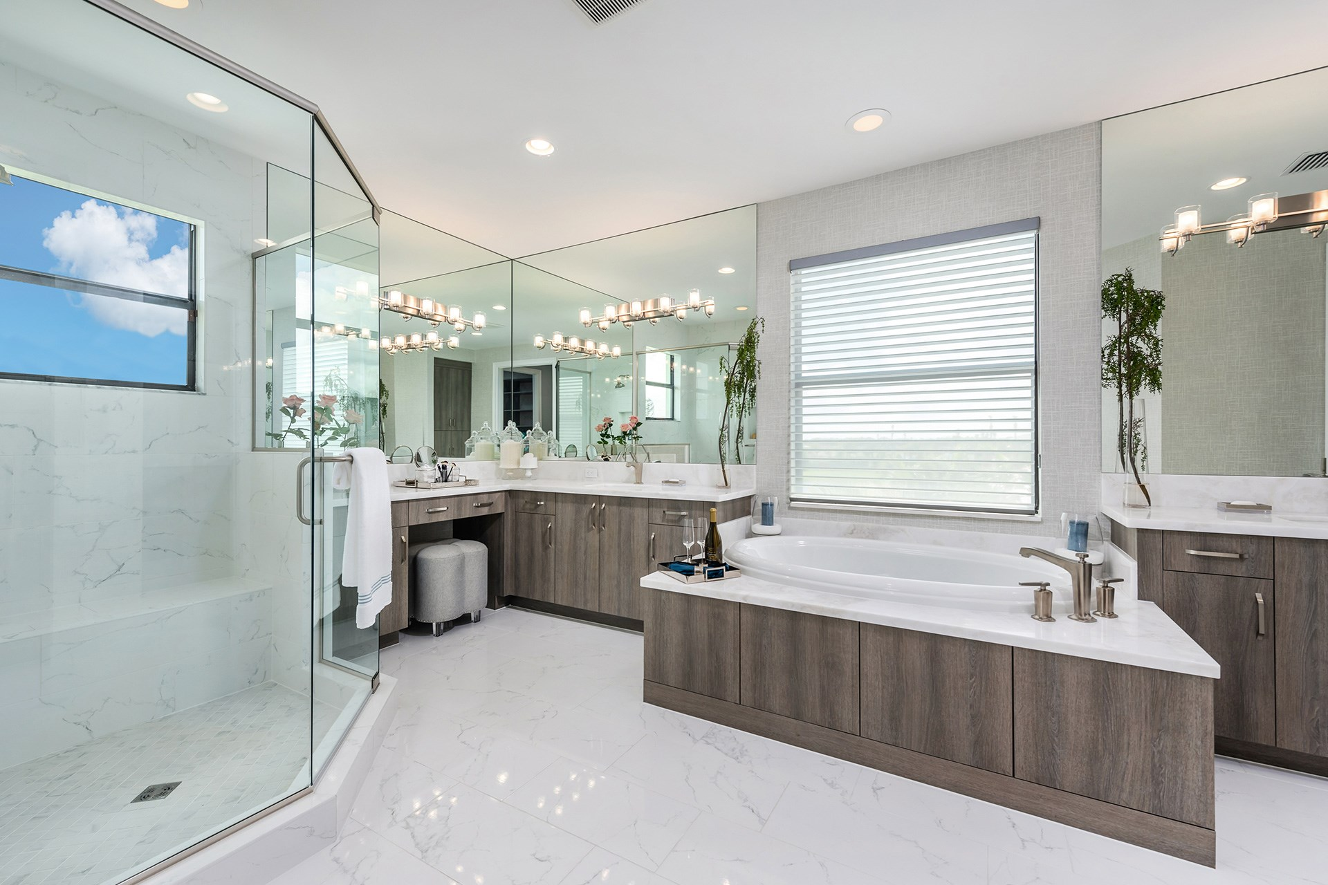 Anabelle Master Bathroom