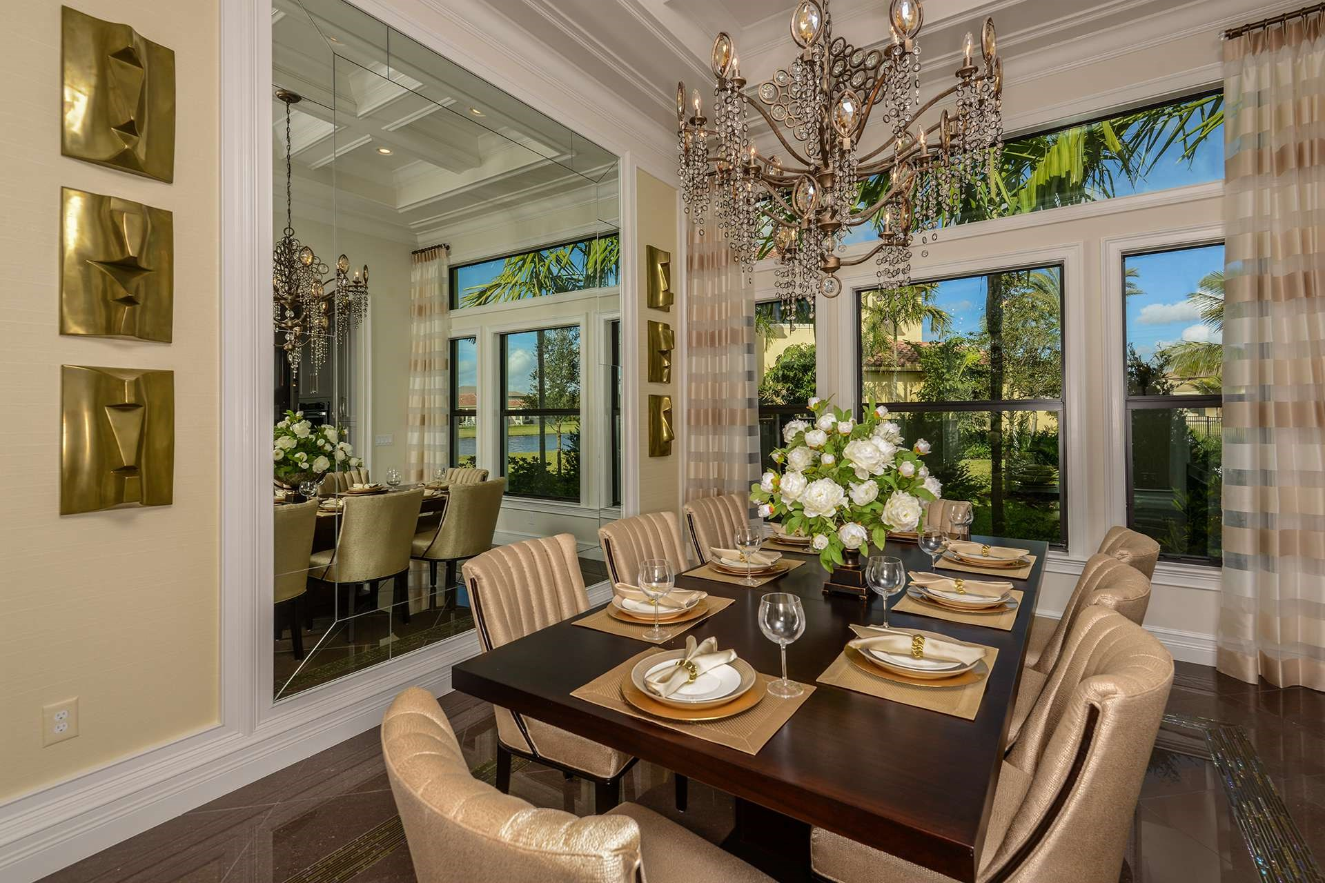 Rialto Contemporary Dining Room
