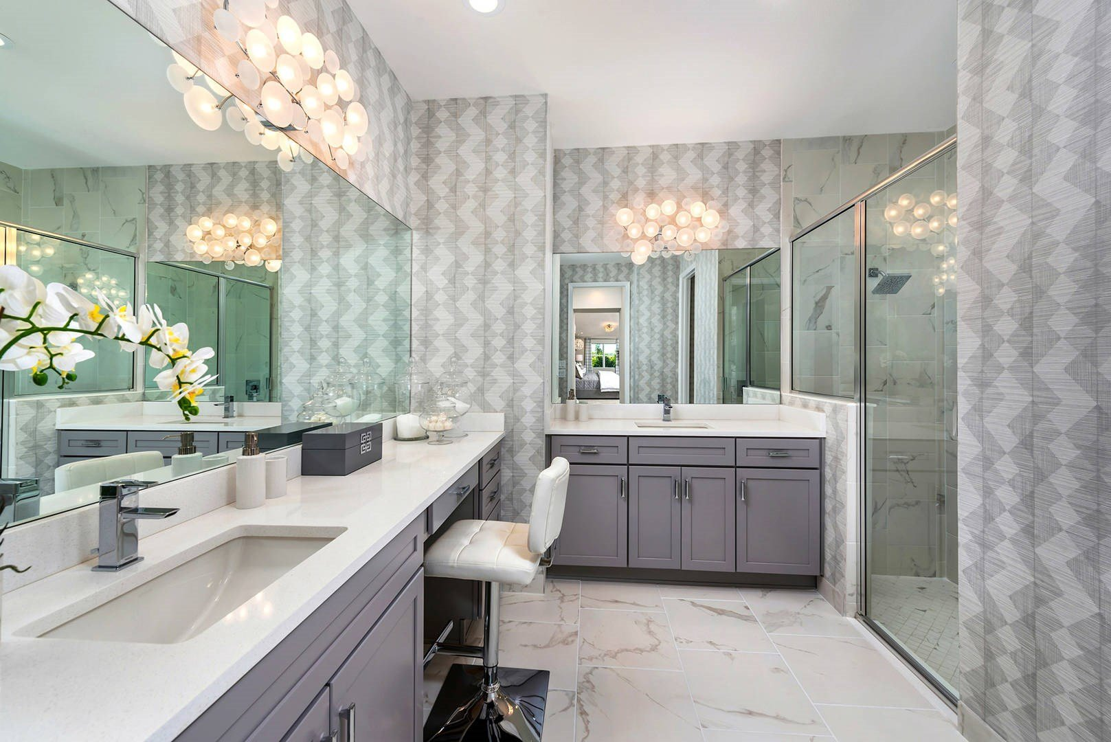 Bella Master Bathroom